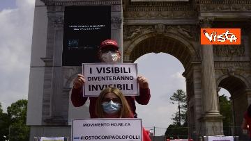 """2 - Flash Mob Arco della Pace Milano, il ristoratore in sciopero della fame: """"Serve taglio tasse"""""""