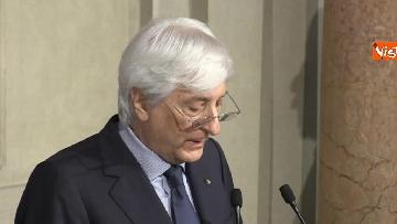 9 - Roberto Fico e il segretario generale del Quirinale Ugo Zampetti dichiarano al termine delle Consultazioni