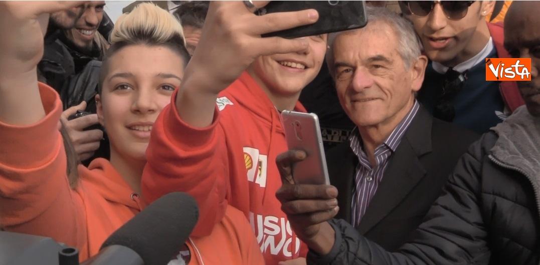 Sergio Chiamparino in piazza Castello a Torino_02