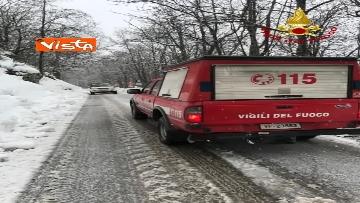 """8 - Maltempo e neve, Vigili del fuoco: """"150 interventi in 24 ore tra Veneto e Toscana"""". Le immagini"""
