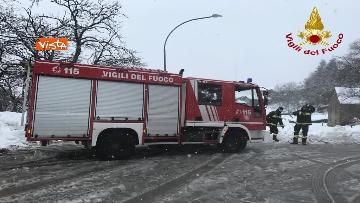 """11 - Maltempo e neve, Vigili del fuoco: """"150 interventi in 24 ore tra Veneto e Toscana"""". Le immagini"""
