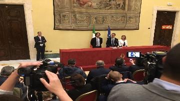 15 - Consultazioni, Di Maio, Toninelli e Giulia Grillo a Montecitorio