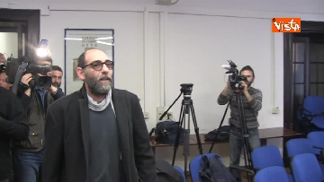 1 - Liberato dopo 3 settimane di carcere il fotoreporter italiano sulla rotta dei migranti
