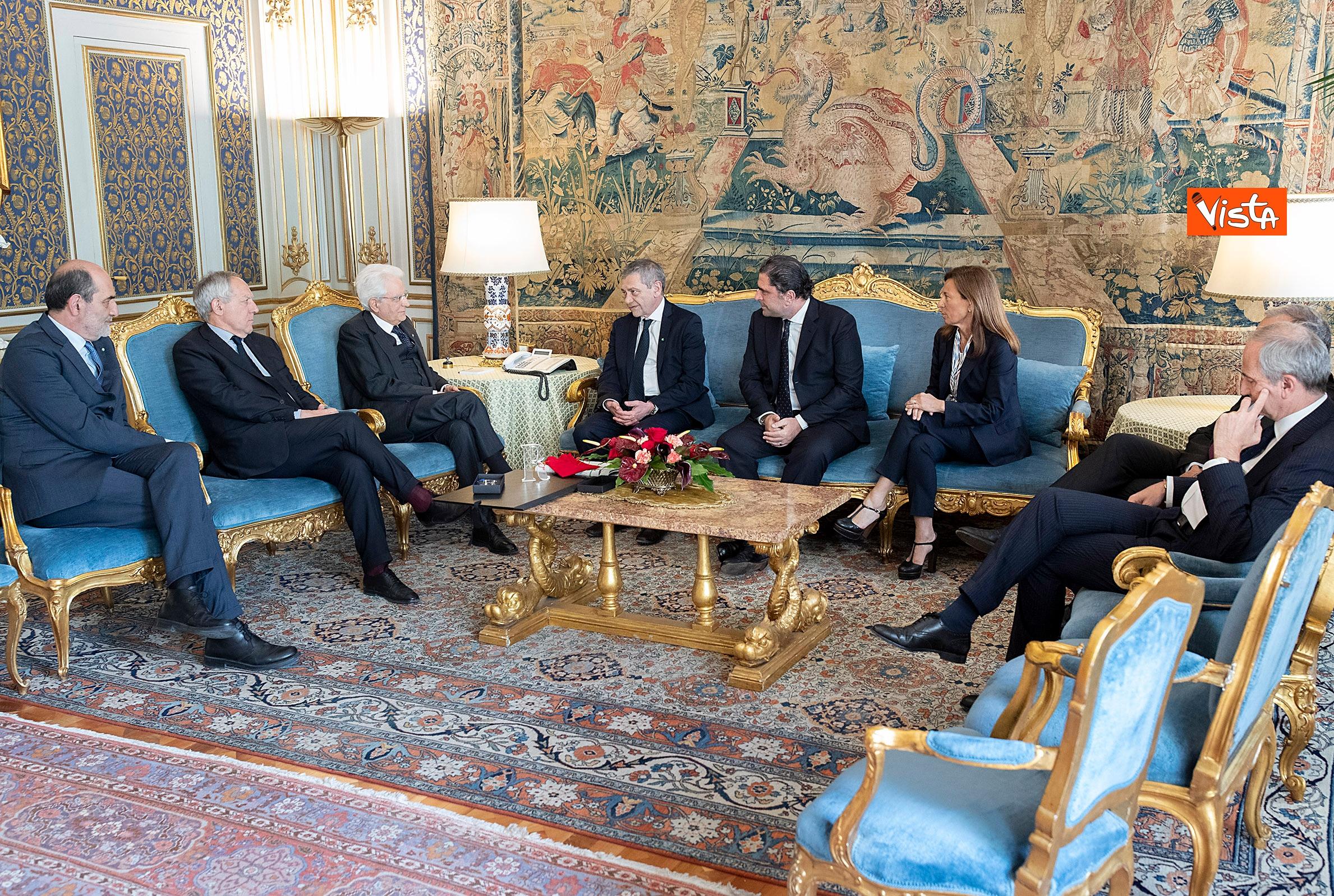 Mattarella incontra i vertici del quotidiano 'La Repubblica'_04