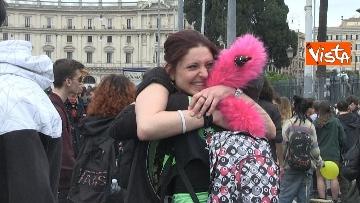 6 - Million marijuana march, il corteo per la legalizzazione della cannabis per le strade di Roma