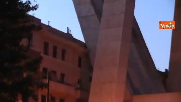 8 - Ponte Morandi, le immagini del luogo del crollo