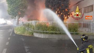 1 - Incendio ad azienda di vernici in provincia di Vicenza