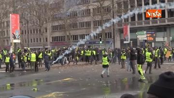 9 - I Gilet gialli protestano a Bruxelles