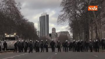 8 - I Gilet gialli protestano a Bruxelles