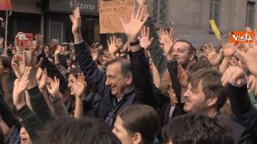 1 - Marcia antirazzista a Milano, in 200mila sfilano per le vie della città