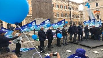 1 - Sanità, la manifestazione degli infermieri in piazza Montecitorio