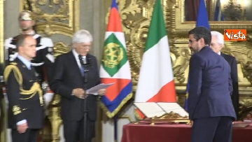 2 - Il giuramento di Fraccaro, il Ministro dei Rapporti con il Parlamento