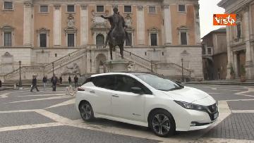 3 - La nuova auto elettrica cosegnata alla Sindaca di Roma