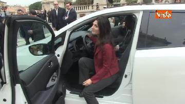 5 - La nuova auto elettrica cosegnata alla Sindaca di Roma