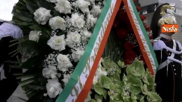 1 - Primo Maggio, Mattarella depone corona fiori al monumento per le vittime sul lavoro