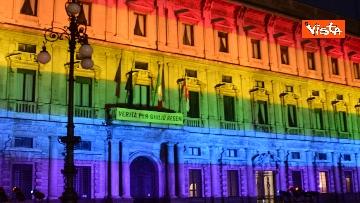 1 - Milano Pride 2020, Palazzo Marino si illumina con i colori dell'arcobaleno