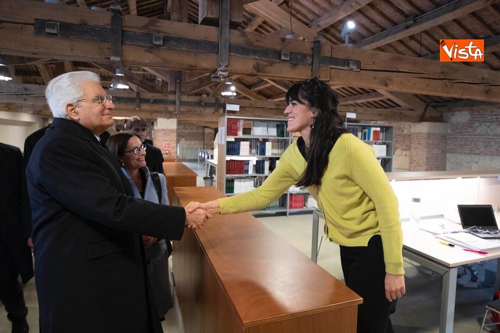 Mattarella visita la biblioteca dell'Universita' di Verona_05