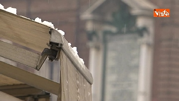 14 - Torna il freddo, e la neve imbianca Torino