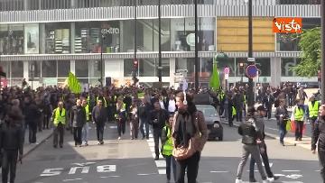 3 - Gilet gialli, 1 Maggio di scontri a Parigi