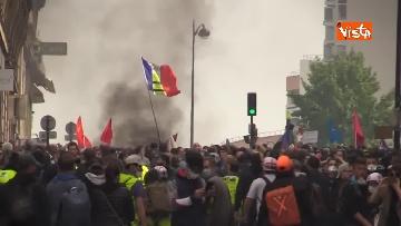 19 - Gilet gialli, 1 Maggio di scontri a Parigi