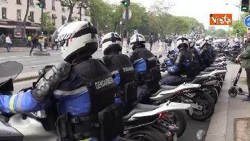 10 - Gilet gialli, 1 Maggio di scontri a Parigi