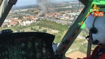 2 - Due camion a fuoco, un morto, chiusa l'A14 a Bologna