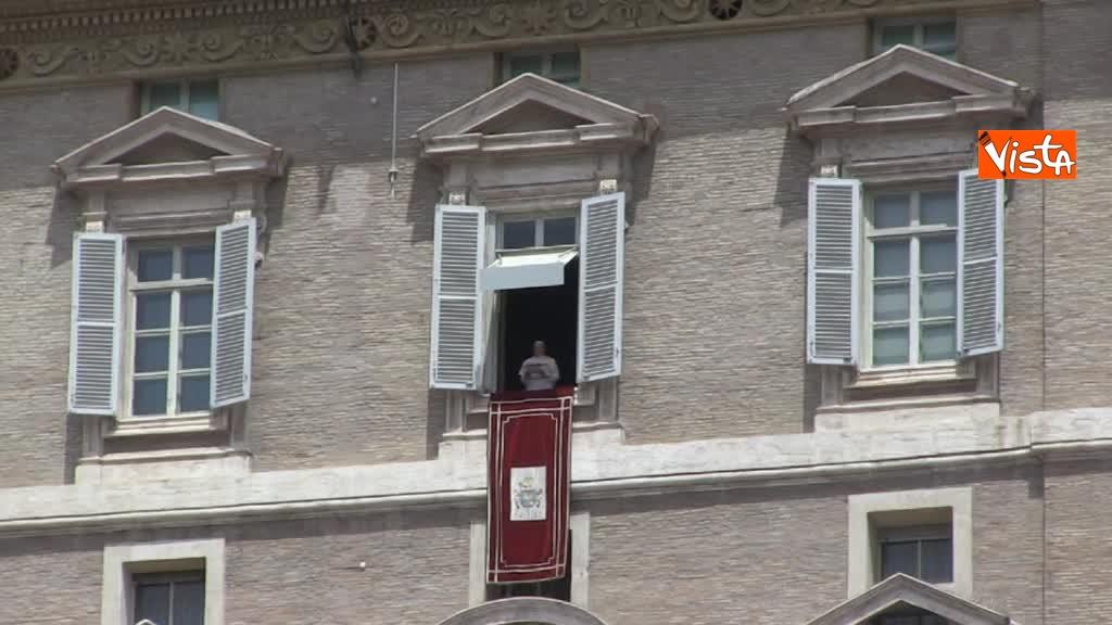 24-06-18 L'Angelus di Papa Francesco 02_007350597548758262178