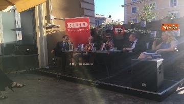 5 - A spasso per Montecitorio, il giornalista parlamentare di RTL Ciapparoni presenta il suo libro