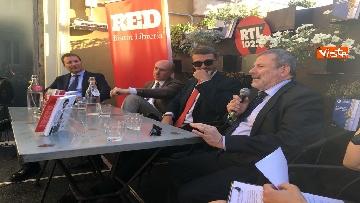 4 - A spasso per Montecitorio, il giornalista parlamentare di RTL Ciapparoni presenta il suo libro