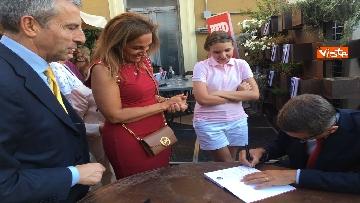 2 - A spasso per Montecitorio, il giornalista parlamentare di RTL Ciapparoni presenta il suo libro