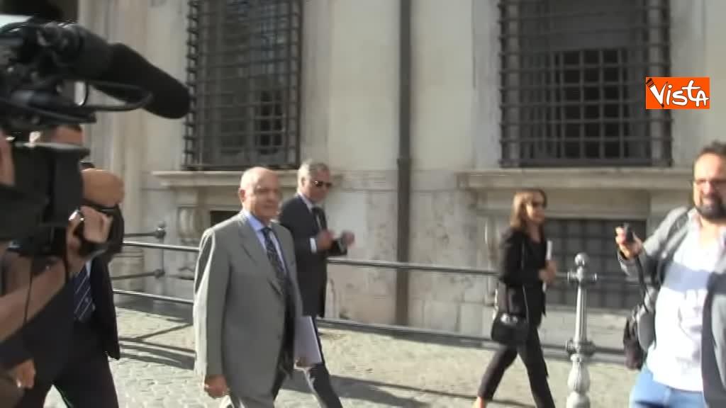 03-09-18 Ministro Affari Europei Paolo Savona lascia Palazzo Chigi dopo il Consiglio dei Ministri_06
