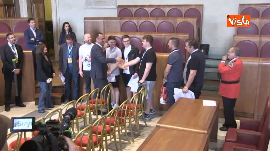 Roma Liverpool delegazione tifosi inglesi ricevuta in Campidoglio