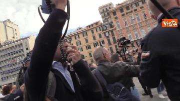 4 - Crollo ponte, la manifestazione degli sfollati a Genova