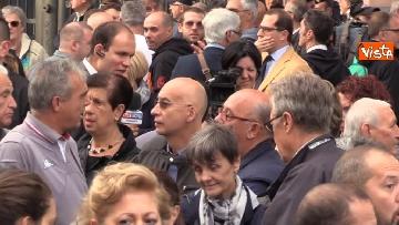 8 - Crollo ponte, la manifestazione degli sfollati a Genova