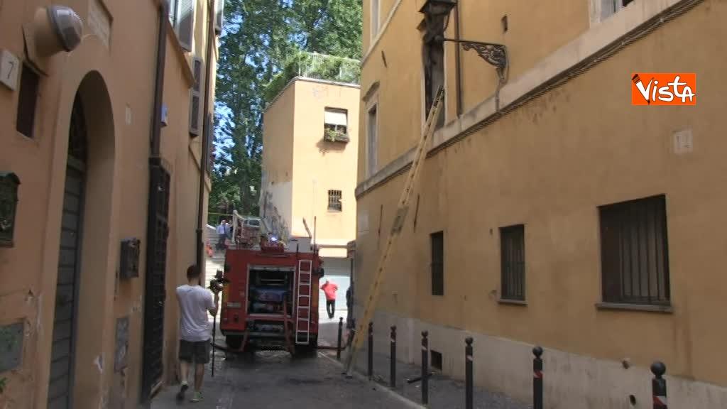 14-06-18 Incendio in un appartamento nel centro di Roma 01_53500631074110199187