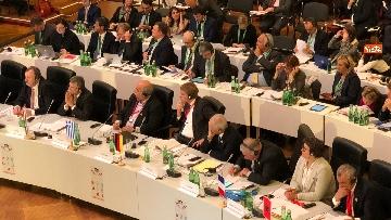 6 - Fico a Vienna per la riunione dei presidenti delle Camere Ue