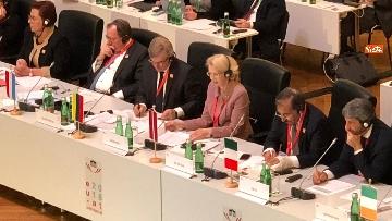 2 - Fico a Vienna per la riunione dei presidenti delle Camere Ue