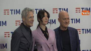 1 - Bisio, Baglioni e Raffaele in conferenza dopo la prima serata di Sanremo