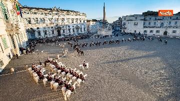 2 - Festa Tricolore, il cambio della Guardia solenne al Quirinale