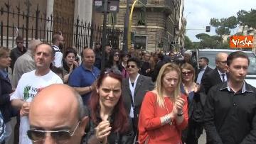 16 - Bara bianca e palloncini, il funerale di Pamela Mastropietro