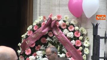 2 - Bara bianca e palloncini, il funerale di Pamela Mastropietro