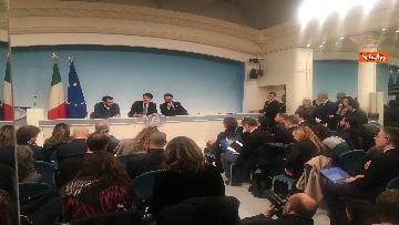 5 - Conte, Salvini e Bonafede in conferenza stampa a Chigi immagini