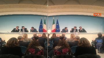 6 - Conte, Salvini e Bonafede in conferenza stampa a Chigi immagini