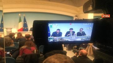 2 - Conte, Salvini e Bonafede in conferenza stampa a Chigi immagini