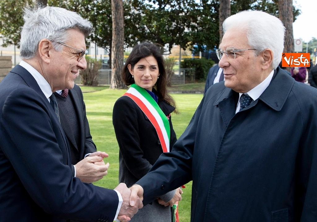 01-05-19 Primo maggio, Mattarella depone corona fiori monumento vittime lavoro 06