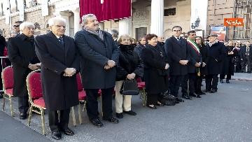 6 - Mattarella a Bari assiste alla messa di Papa Francesco, le immagini