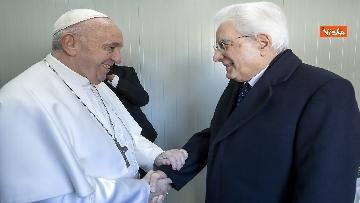 3 - Mattarella a Bari assiste alla messa di Papa Francesco, le immagini
