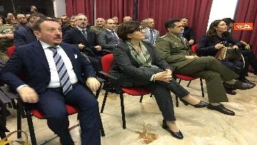 3 - Ministro Trenta con sottosegretario Zoccano  in visita al Centro Veterani