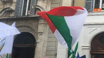 4 - FdI con Meloni in piazza per dire no alla fatturazione elettronica