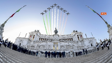 7 - Mattarella all'Altare della Patria per la festa delle forze armate